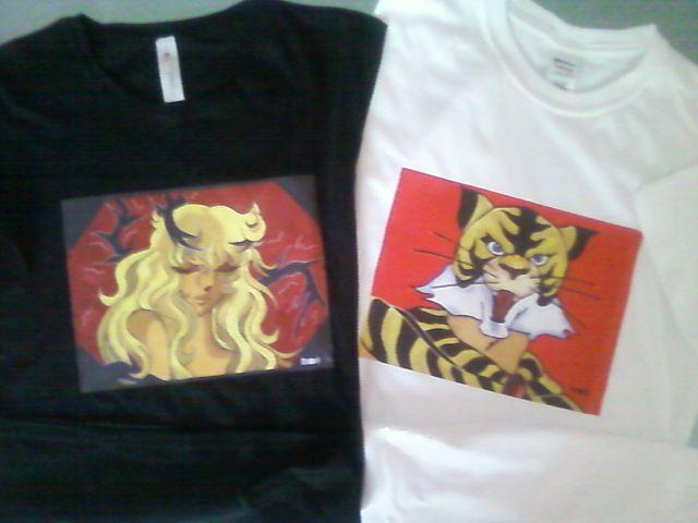 t-shirt con i miei disegni,uomo -donna e bambino, disponibili anche su richiesta. Se interessati contattarmi su FB