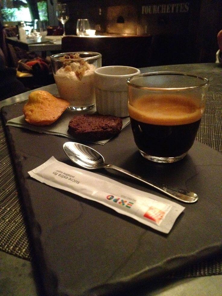Café gourmand at Au Père Lapin, Suresnes, France