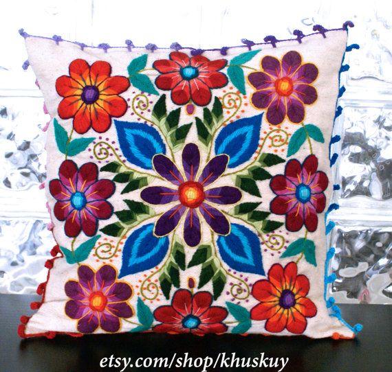 Peruana 20 de almohada x 20 flores en la mano bordada por khuskuy