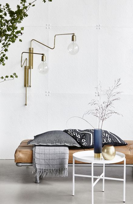 Elegant ... Swing / Metall   Mit Schwenkarm, Messing Von House Doctor Finden Sie  Bei Made In Design, Ihrem Online Shop Für Designermöbel, Leuchten Und  Dekoration.