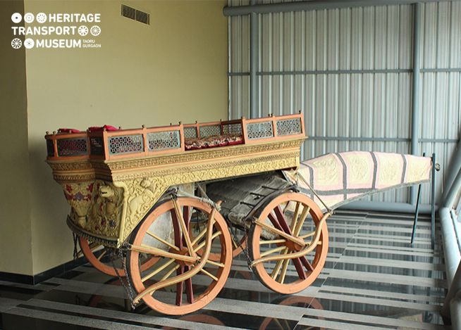 Beautiful #Rath driven by #oxen, the body has exquisite carving in the form of animal and floral patterns. #vintage #heritage #transport #museum #photography