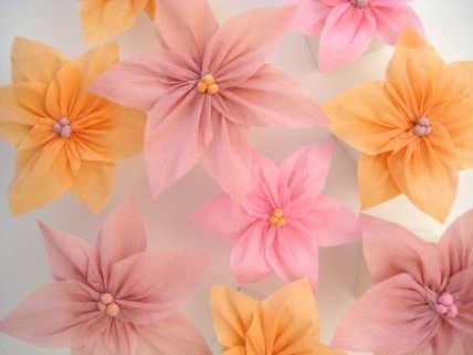 DIY: Crepe Paper Poinsettias - looks easy enoughPaper Poinsettia, Crepes Paper Flower, Tissue Paper Flower, Paper Flowers, Martha Stewart, Wedding Flower, Paper Crafts, Diy Wedding, Crepe Paper
