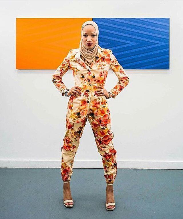 #WCW  @ayanaife  the real winner in our eyes as shes continuing o blaze the trail for Hijabi designers and models in mainstream fashion  . . . . . . . #potd #photooftheday #photography #photoshoot #model #atl #atlanta #fotd #motd #lotd #ootd #fallfashion #fw17 #fashionstylist #fashionblogger #modestfashion #makeup #emergingdesigner designer #nyc #nyfw #blackgirlmagic #hijabi #hijabifashion #womancrushwednesday #estelamag via ESTELA MAGAZINE OFFICIAL INSTAGRAM - Celebrity  Fashion  Haute…