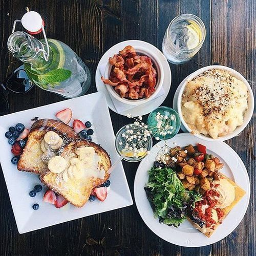 "The Ultimate Guide To Brunching In NYC #refinery29 http://www.refinery29.com/brunch-restaurants#slide-10 Poco NYC""This spot has a really chill, no-frills vibe with a great bottomless brunch option. It also has amazing cocktails and the best lobster mac and cheese in town. Lobster mac and cheese for brunch, you ask? YES, it is actually the perfect brunch food especially when you are hungover, and it's paired with..."