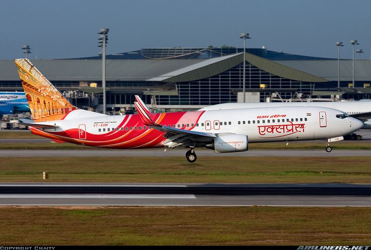 Air India Express VT-AXM Boeing 737-8HJ aircraft picture