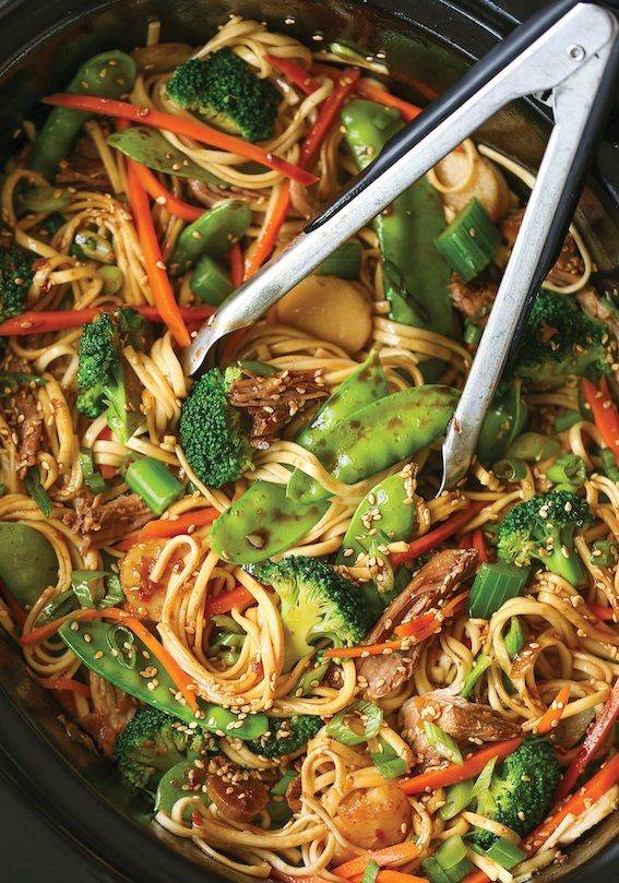Entire recipe makes 6 servings Serving size is about 1 cup Each serving = 7 WW SP Source: damndelicious INGREDIENTS: 2 pounds boneless pork shoulder 3 cups broccoli florets 2 carrots, julienned 2 stalks celery, diced 1 cup snow peas 1 (5-ounce) can sliced water chestnuts, drained 1 pound spaghetti…