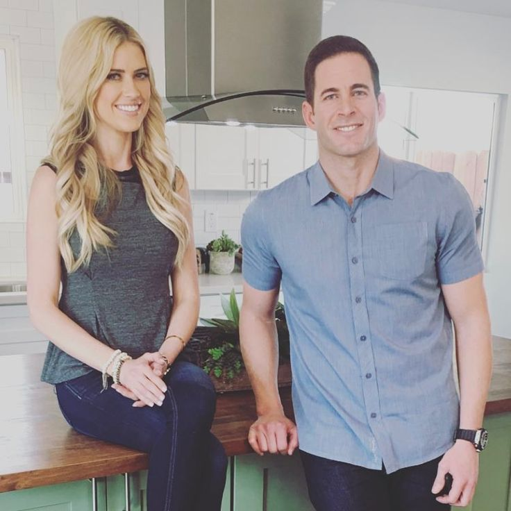 "'Flip or Flop's Tarek El Moussa: ""Better communication"" might've saved my Christina El Moussa marriage Flip or Flop star Tarek El Moussa admits there was one aspect of his relationship with Christina El Moussa they could've worked on to possibly save their marriage. #FliporFlop #TheDoctors @FliporFlop"