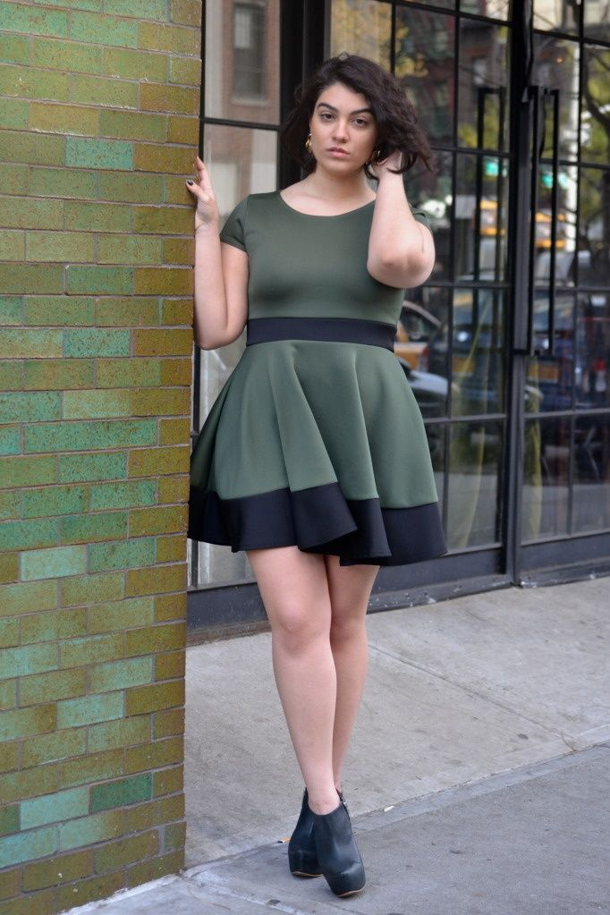 Nadia Aboulhosn rocking forest green dress to match the ... | Aboulho…