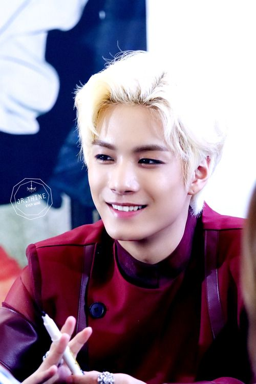 ok so i'm really diggin JR's new blonde hair guys ~ #nuest