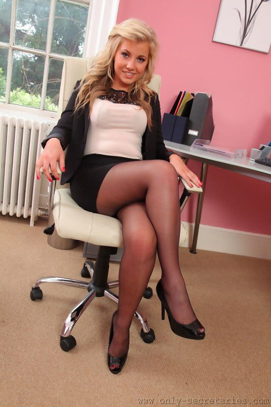 Free high heels and pantyhose mives