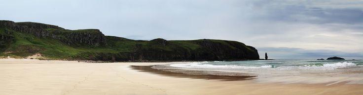 Sandwood Bay Sutherland Scotland [OC] [12364x3272]