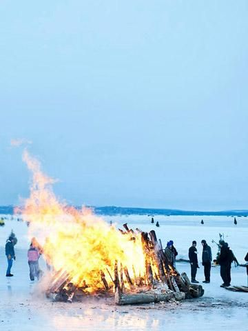 Book Across the Bay: Fire + ice at this annual winter festival. @Travel Wisconsin