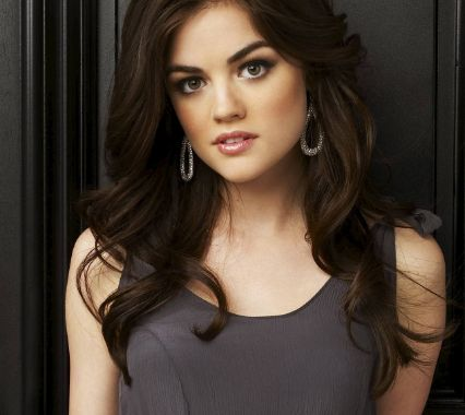 Lucy Hale Bra Size Feet Age Net Worth Height Weight Measurements Wiki