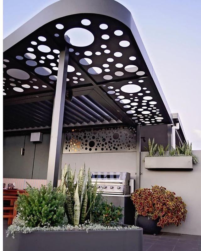 Pergola Designs In Sydney: Erskineville Rooftop Pergola With Integrated Vergola. We
