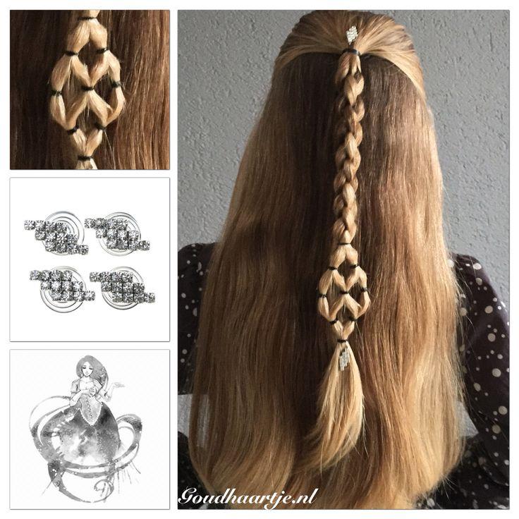 Halfup 3D braid with nice detail and curlies from Goudhaartje.nl     #halfup #halfupdo #longhair #beautifulhair #hairinspiration #hair #3dbraid #hairelastic #hairelastics #curlies #coolhair #hairaccessories #braid #braids #langhaar #mooihaar #hairstyle #haarstijl #3dvlecht #vlecht #vlechten #haar #haaraccessoires #haarelastiek #haarinspiratie #hairideas #goudhaartje