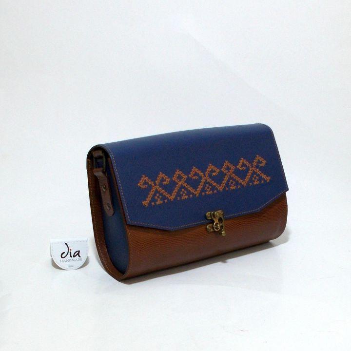 260 LEI | Genti  handmade | Cumpara online cu livrare nationala, din Bucuresti Sector 1. Mai multe Accesorii in magazinul ro.shop pe Breslo.