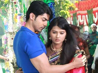 Celebration time for Zee TV's Punar Vivah!