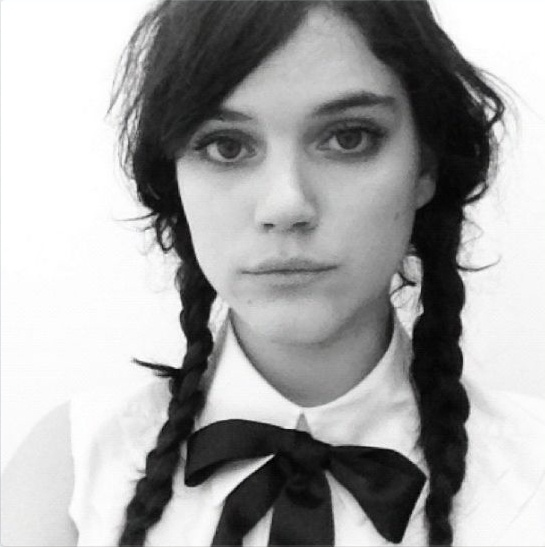 Soko. French singer and actress. Vegan, straight edge, openly bisexual ...: https://www.pinterest.com/pin/48554502207125126