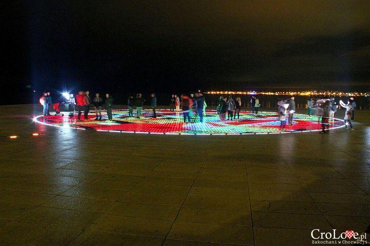Pozdrav Suncu - Zadar nocą   CroLove.pl  