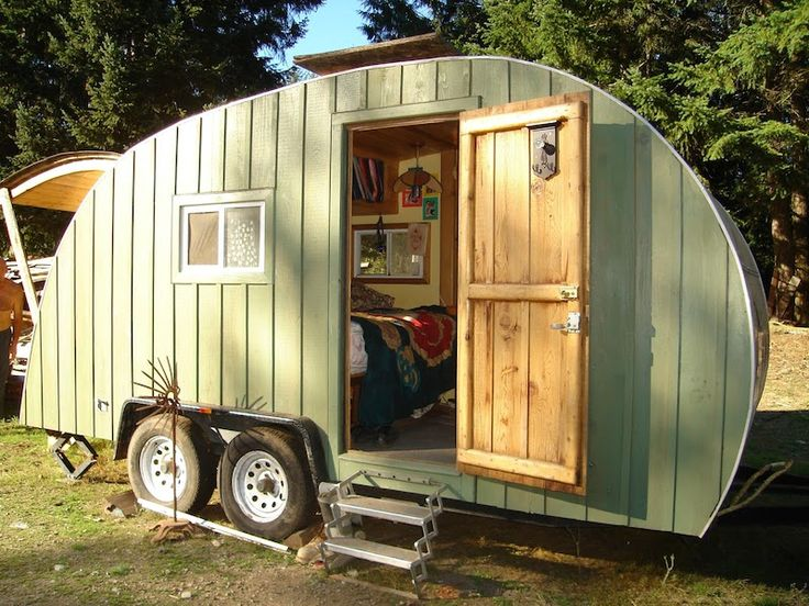 pat henneberys mega size tear drop trailer - Small Camper Trailer 2