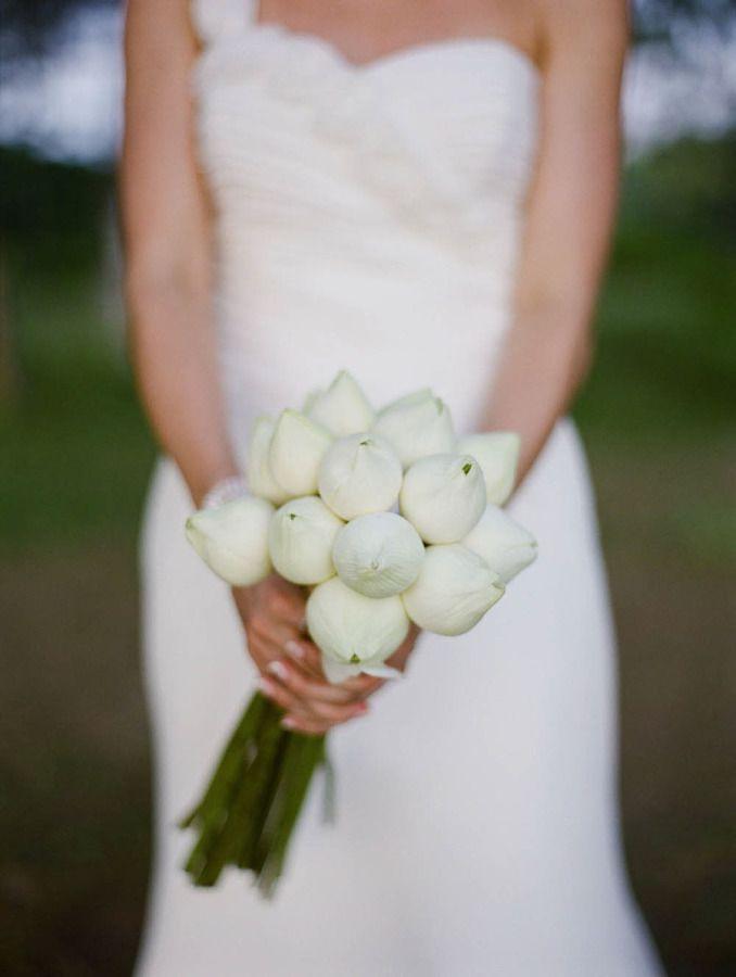 Kết quả hình ảnh cho hoa cưới hoa sen