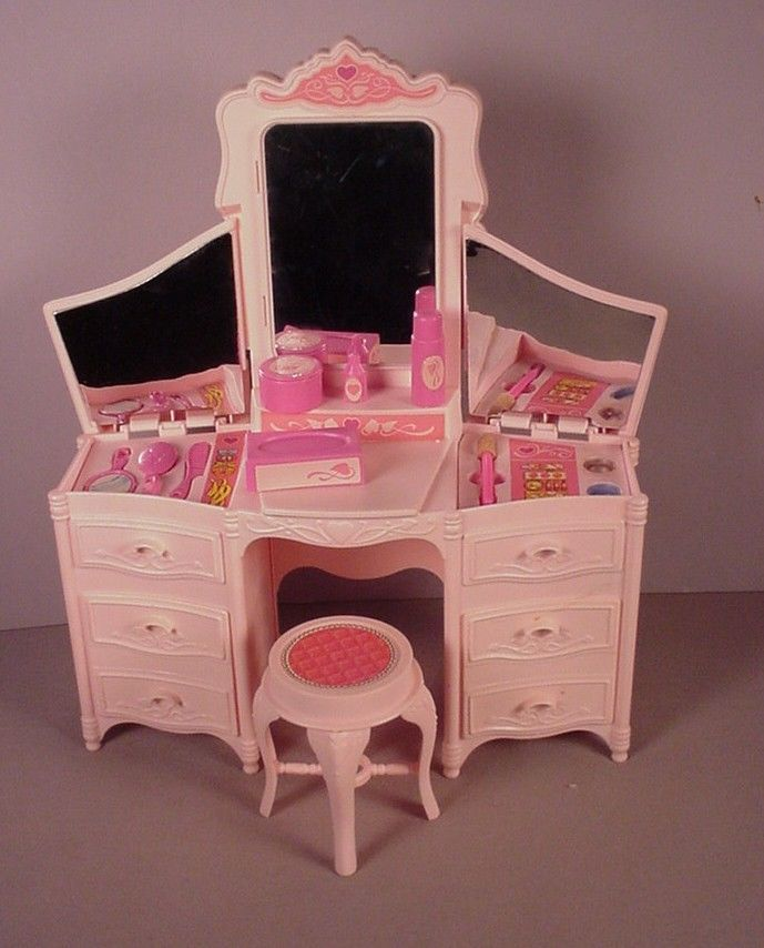 Vintage Barbie doll furniture Vanity playset Dream Glow 1980's I had this! I remember making a mess with the eyeshadow!