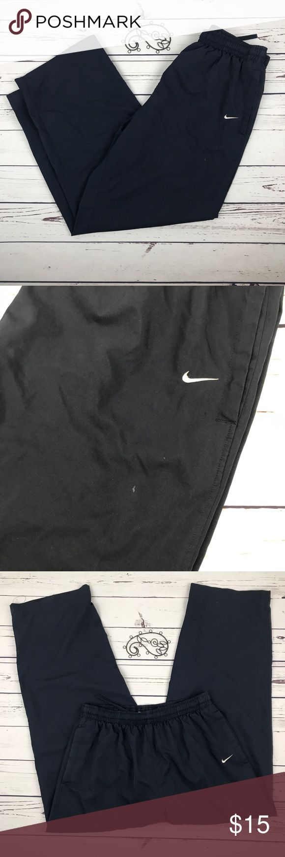Nike Mens Active Black Pants Just Do It Size Large Nike Men's pants size large. Has pockets and wide leg. EUC Nike Pants Sweatpants & Joggers