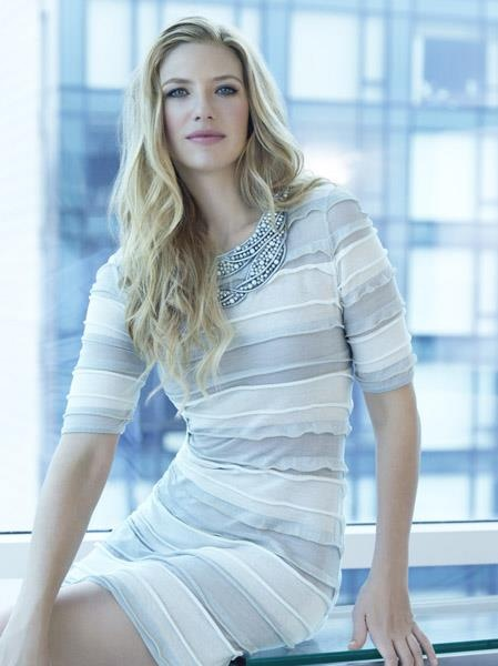 Anna Torv - another one of the better dressers in Hollywood.