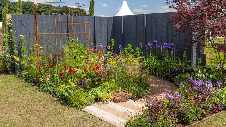 Inner Sanctum garden at RHS Flower Show Tatton Park / RHS Gardening