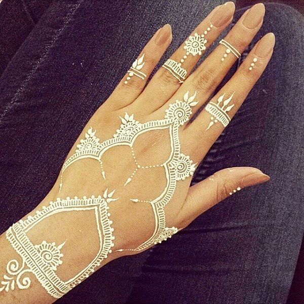White Henna Design - 25 Amazing White Henna Designs <3 <3