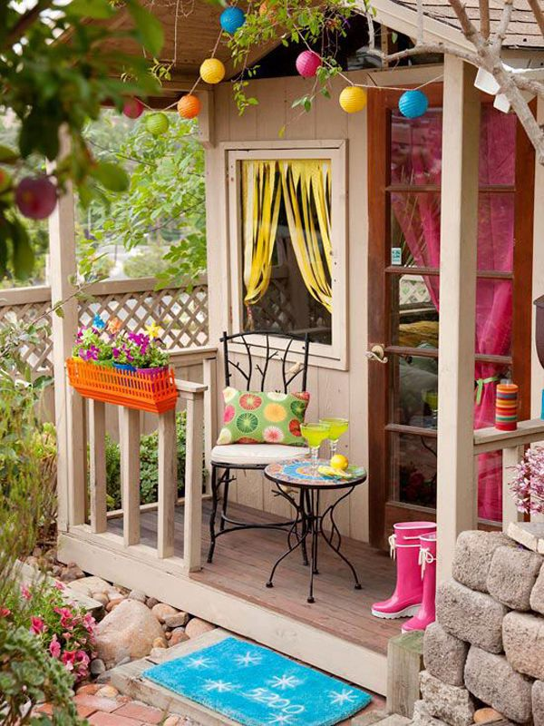 20 Cheerful Outdoor Youngsters Playhouses - http://www.decorazilla.com/decor-ideas/20-cheerful-outdoor-youngsters-playhouses.html