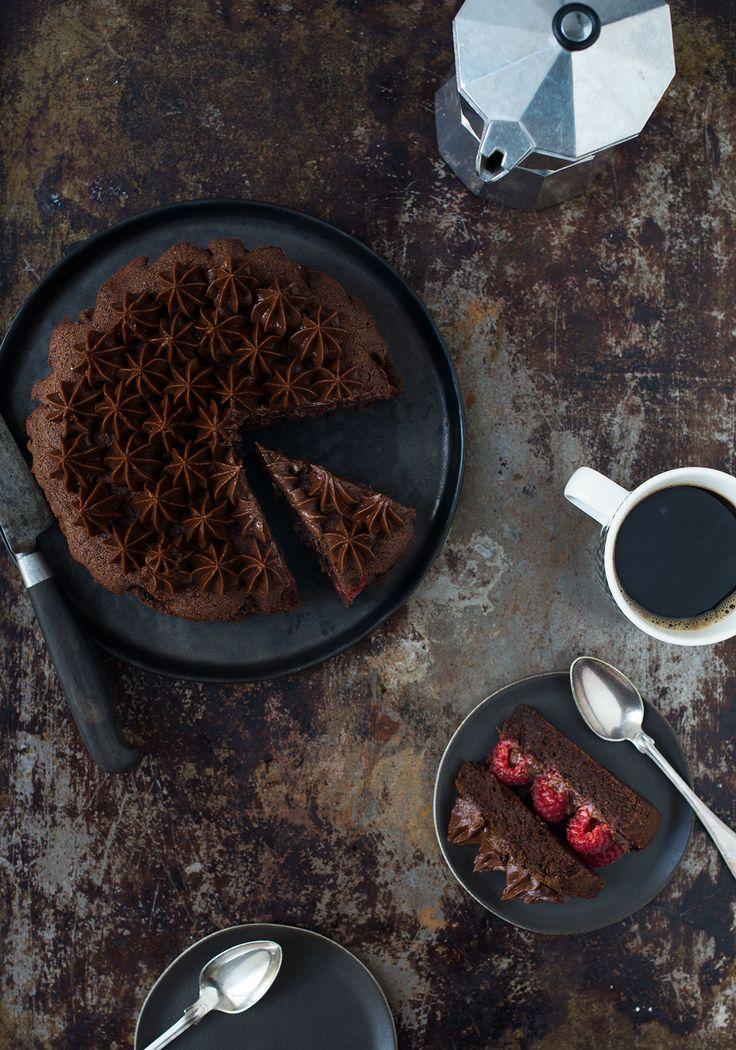Opskrift: Glutenfri lagkage med chokolade og peanutbutter-frosting   Frk. Kræsen