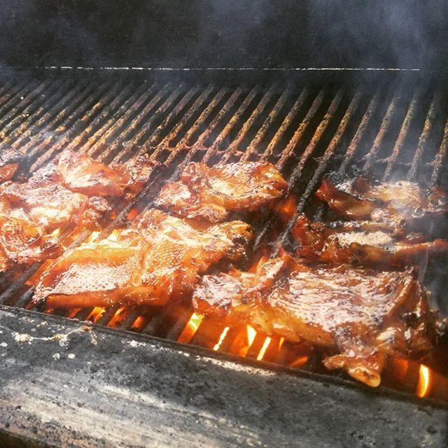 ワクワク、待ち遠しい~! #バーベキュー  #パーティー #チキン #ビーフ #美味しい #楽しい #肉 #ワイキキ #ワイマナロ #ビーチ #海 #ハワイ #ハワイライフ #夕食 #bbq #bbqparty #dinner #waimanalo #beach #meat #beaf #chicken #instahawaii #instagram #waikiki #hawaii