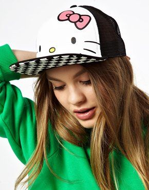Vans Hello Kitty Trucker Cap