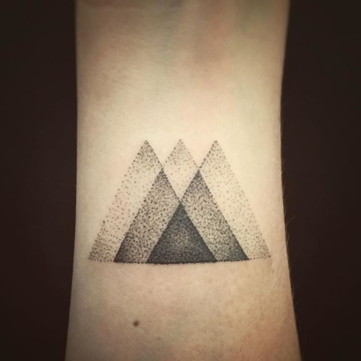 Details. Little triangles for Erin. Handpoked in Reykjavík Iceland. #dotwork…