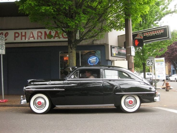 1948+Plymouth+Deluxe+2-Door+Sedan.+-+3.jpg (800×600)