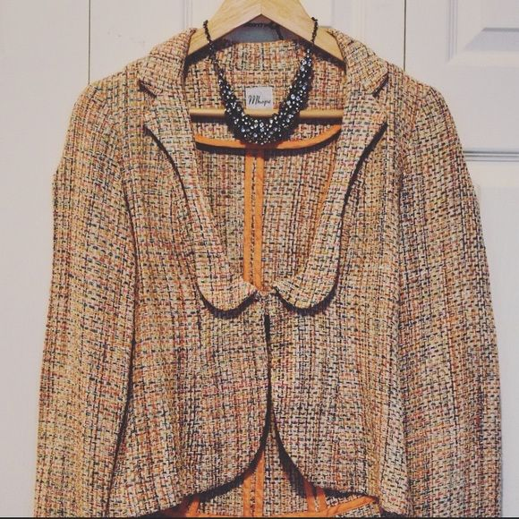 ✨FLASH SALE✨ SAKS 5th Pink Tweed Blazer Beautiful pink tweed blazer purchased full price from Saks. Mhope Jackets & Coats Blazers