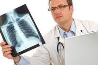 Рак лёгких – часто встречающееся и очень опасное заболевание, которое в нашей стране сложно лечить. Немецкие врачи для многих становятся шансом на спасение. В специализированных клиниках можно рассчит...