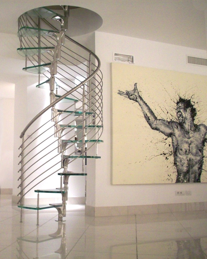 Helical glass and stainless Spiral staircase ANIMA by FARAONE | #Design Mauricio Cárdenas Laverde #staircase #glass @FaraoneSrl