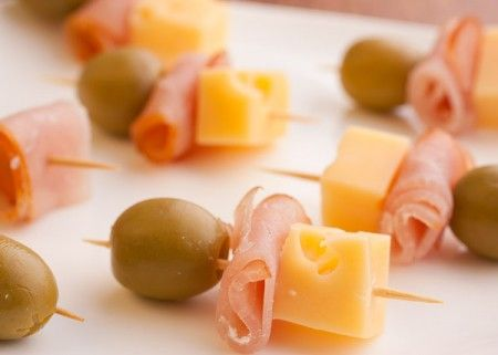 Canape Skewers Recipes Let's start with the easiest one: cheese, olives and ham (sausage).