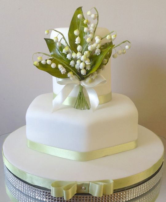 lily of the valley wedding cake toppers 16 best gumpaste fondant of the valley images on 16888