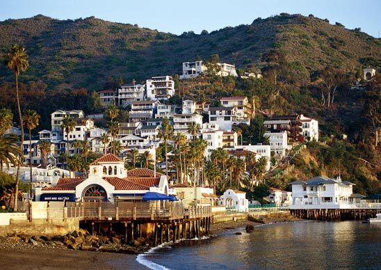 Houses, hotels, and restaurants along Avalon Bay on Catalina Island, off the southern California coast. (From: Photos: 8 American Islands With Warm Weather All Year Long)