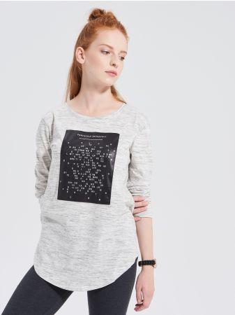 SINSAY - Bluzka z nadrukiem <br><br>Wzrost modelki: 173 cm<br>Rozmiar produktu: S