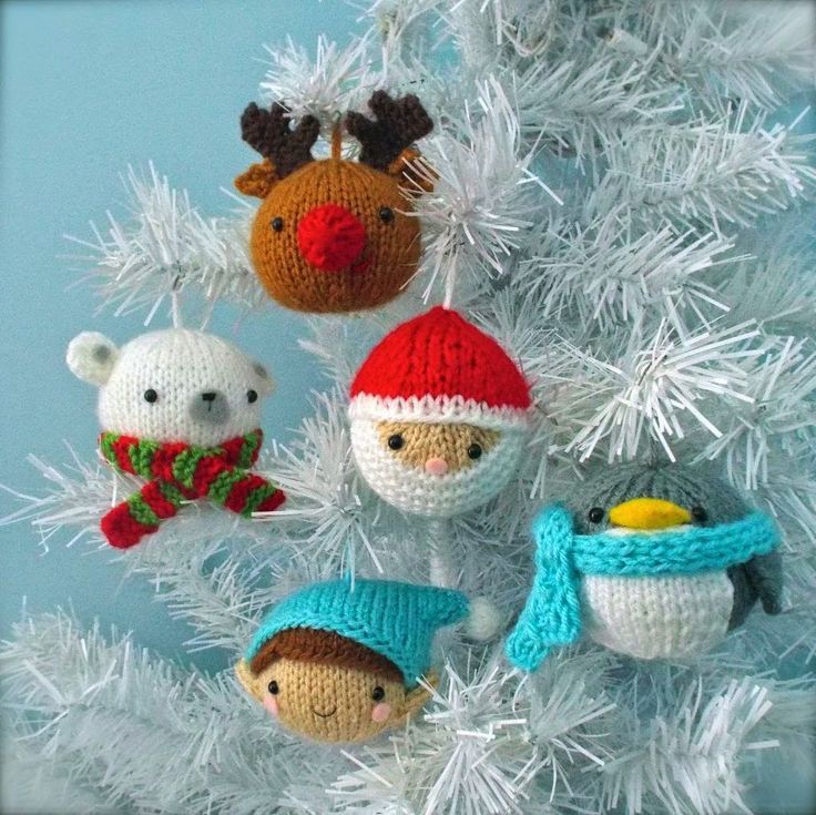 #AD Love #crocheting? This is the top trending Santa Claus craft pattern with 5 cute amigurumi Christmas ornaments -polar bear, reindeer, elf, Saint Nicholas, and a penguin. What cute package add-ons or for potpourri featured on Kawartha Lakes Mums: Writing Santa? Free Printables, Tips, Santa Crafts And Giveaways!