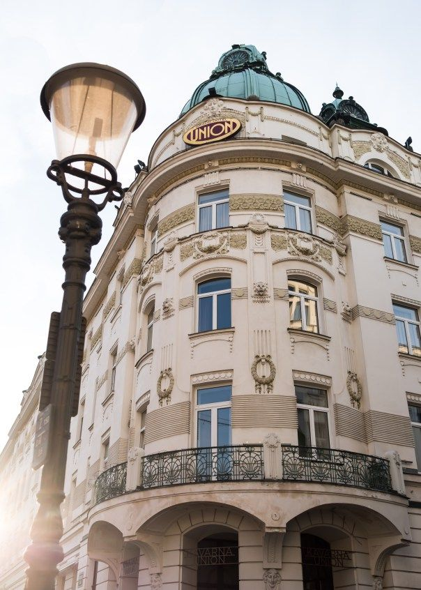 Beds of The World | Grand Hotel Union, Ljubljana, Slovenia | The Runaway Bride