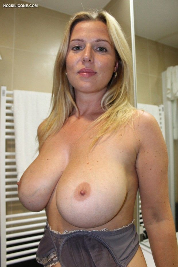 Natural big naked boobs milf
