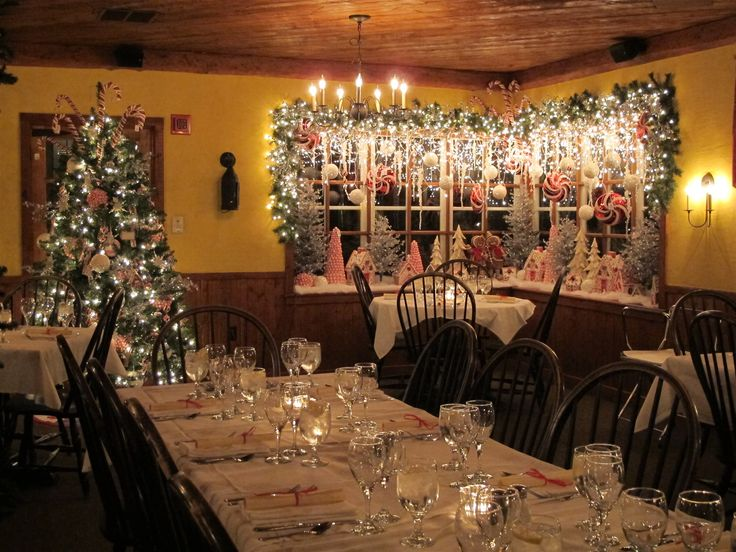 White gull inn dining room progressive dinner corner for Fish creek restaurants
