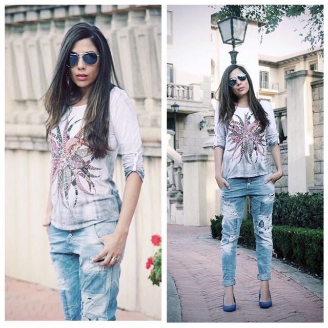 The Gorgeous Diana #AGirlInAfrica rocking her ripped jeans and easy to wear top. Now at #NicciWinter16