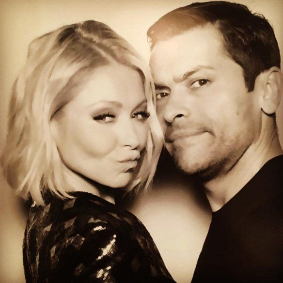 "Pin for Later: Kelly Ripa and Mark Consuelos Share Such Sweet and Hilarious Family Photos  ""Live! Christmas party on FLEEK! @instasuelos on FLEEK! False eyelashes on FLEEK! (Mine, not his)⛄️⛄️"""