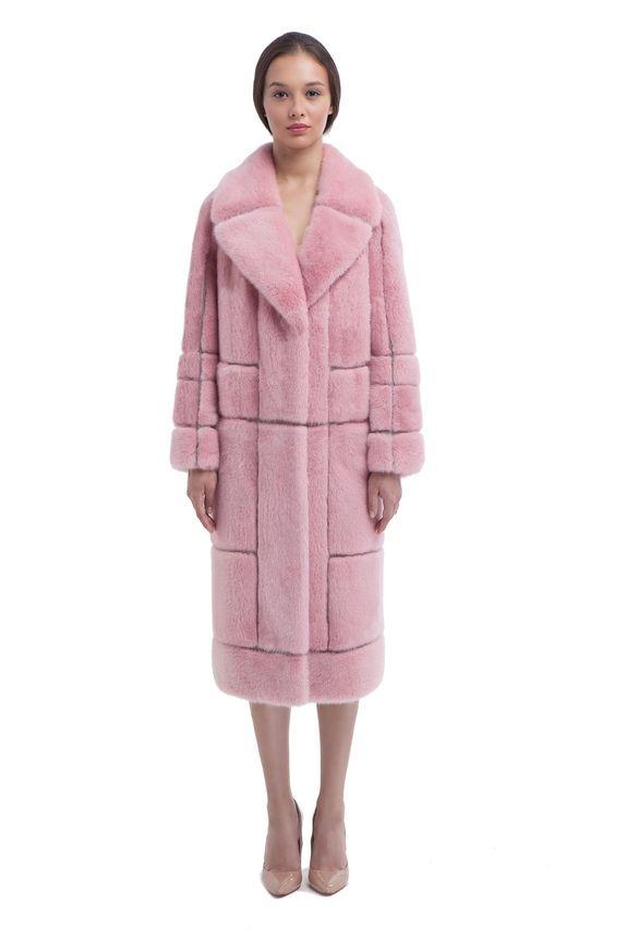 Пальто из норки цвета свежая роза